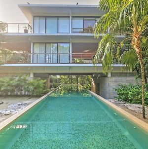 Luxe Tulum-Area Condo With Rooftop Patio And Hot Tub! photos Exterior