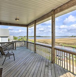 Family-Friendly Waterfront Oasis About 7 Miles To Beach photos Exterior