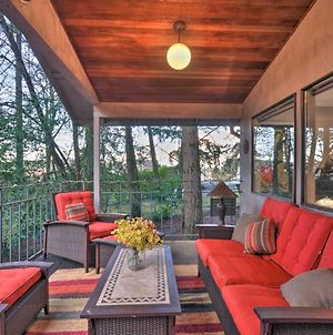Tigard Retreat With Deck, 15 Mins From Portland! photos Exterior