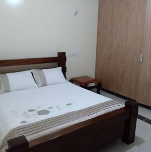 High End Fully Furnished And Serviced Apartment photos Exterior