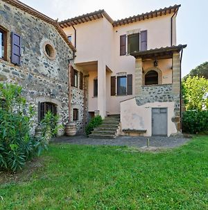 Delightful Holiday Home In Bolsena With Swimming Pool photos Exterior