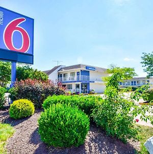 Motel 6 Hartford - Windsor Locks photos Exterior