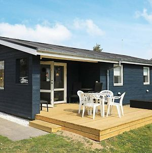 Two-Bedroom Holiday Home In Strandby 2 photos Exterior