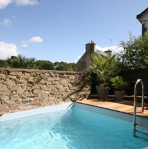 Luxurious Villa In Pont Aven With Private Pool photos Exterior