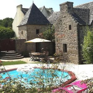 Peaceful Mansion With Private Pool In Cleder France photos Exterior