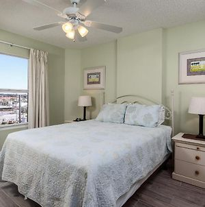Gulf Dunes 401: Reserved Parking, Right On Beach, Free Beach Service photos Exterior