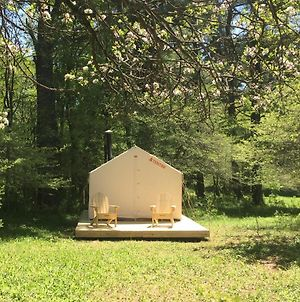 Tentrr - Lovely Apple Grove Retreat photos Exterior