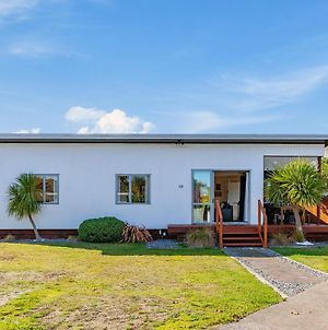Tranquil Tauhara - Taupo Central Holiday Home photos Exterior