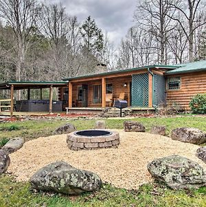 Creekside Cabin With Hot Tub, Fire Pit And Game Room! photos Exterior