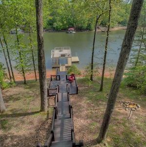 Pure Pleasure On The Lake By Escape To Blue Ridge photos Exterior