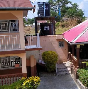 Madam Nelis Guest House photos Exterior