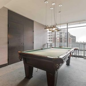 Titan - Luxury Executive Condo Yorkville photos Exterior