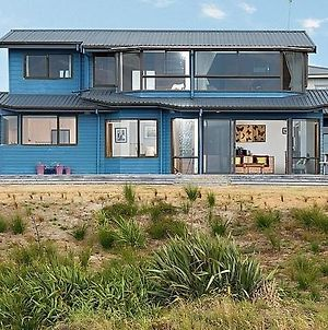 The Blue House - Papamoa Holiday Home photos Exterior