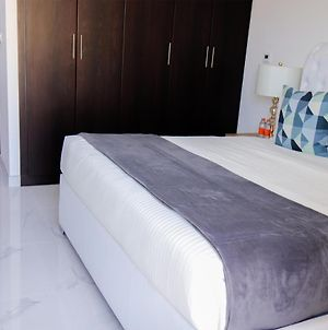Signature Holiday Homes - Brand New 1Bhk In The Pearl photos Exterior