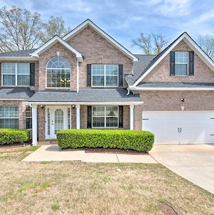 Fairburn Home With Fire Pit - 24 Mi To Atlanta! photos Exterior