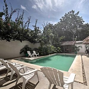 Luxe Tulum Villa With Pool Access And Furnished Patio! photos Exterior