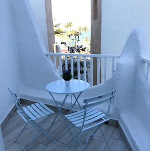 Bungalow With 2 Bedrooms In Playa De La Americas With Wonderful Sea View Furnished Balcony And Wifi 50 M From The Beach photos Exterior