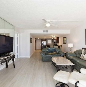 Blue Surf 305, 2 Bedrooms, Pool Access, Sleeps 5 photos Exterior