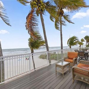 King Beach House, 3 Bedrooms, Beach Front, Amazing Views, Pet Friendly photos Exterior