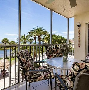 Sun Caper 208 Sleeps 6 Gulf Front 2 Bedrooms Elevator Heated Pool photos Exterior