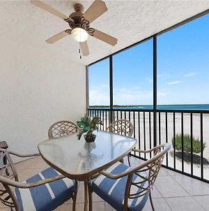 Carlos Pointe 413 2 Bedrooms Gulf Front Elevator Sleeps 6 Heated Pool photos Exterior