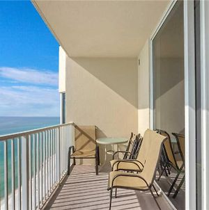 Tidewater 1802, 3 Bedrooms, Sleeps 10, Beachfront, Wi-Fi, Pool photos Exterior