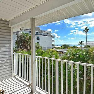 Beach Walk Unit B, 3 Bedrooms, Pool Access, Wifi, Sleeps 8 photos Exterior