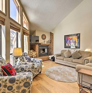 Riverside Townhome With Porch And Mountain Views! photos Exterior