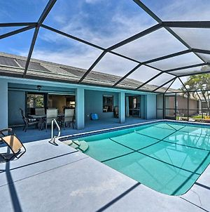 Bright And Airy Cape Coral Home With Lanai And Pool photos Exterior