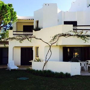 Apartment With 3 Bedrooms In Olhos De Agua With Shared Pool Furnished Garden And Wifi 800 M From The Beach photos Exterior