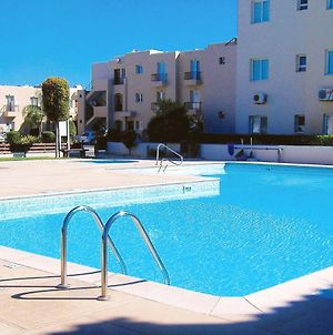 Apartment With 2 Bedrooms In Mandria With Pool Access And Wifi photos Exterior