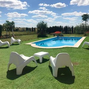 House With 3 Bedrooms In Alcaracejos With Shared Pool Enclosed Garden And Wifi photos Exterior