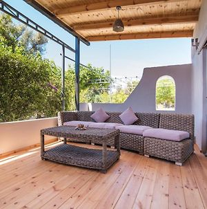 House With One Bedroom In Vari, With Enclosed Garden And Wifi - 4 Km From The Beach photos Exterior