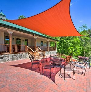 Hayesville Family Home With Hot Tub & Game Rm! photos Exterior