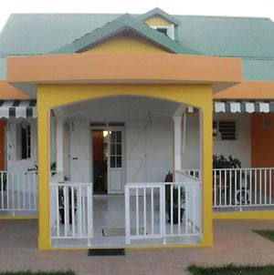House With 2 Bedrooms In Sainte Anne With Enclosed Garden And Wifi 5 Km From The Beach photos Exterior