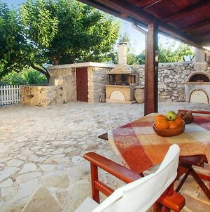 House With 2 Bedrooms In Georgioupoli With Wonderful Mountain View Enclosed Garden And Wifi 3 Km From The Beach photos Exterior