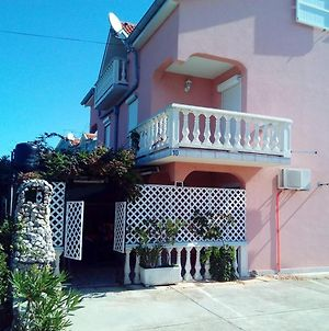 Apartment With One Bedroom In Zaton With Furnished Garden And Wifi 200 M From The Beach photos Exterior