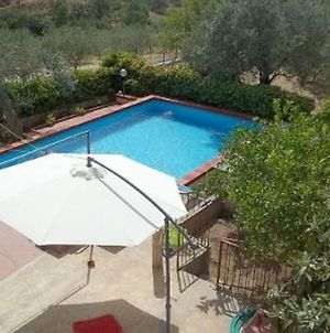 Villa With 4 Bedrooms In Chiaramonte Gulfi With Wonderful Mountain View Private Pool And Enclosed Garden 30 Km From The Beach photos Exterior