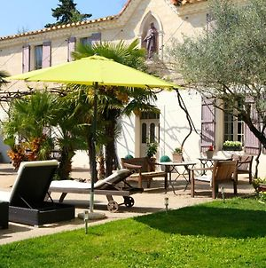 House With One Bedroom In Saint Gilles With Shared Pool And Wifi photos Exterior