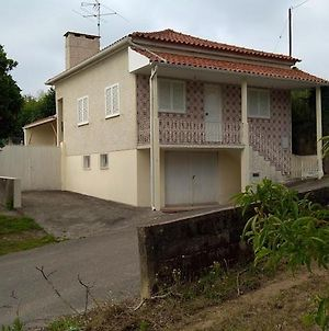 House With 2 Bedrooms In Anadia With Furnished Terrace 25 Km From The Beach photos Exterior