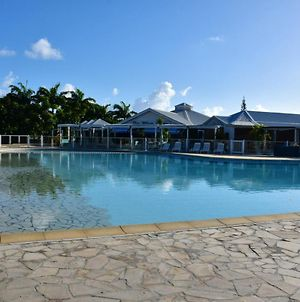 Studio In Saint Francois With Shared Pool And Furnished Terrace 2 Km From The Beach photos Exterior