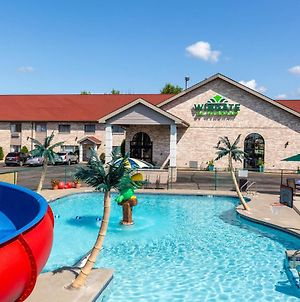 Wingate By Wyndham Wisconsin Dells Waterpark photos Exterior