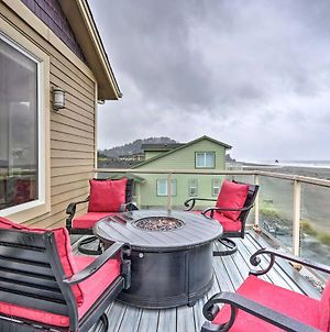 Pet-Free Oceanfront Home With Hot Tub And Beach Access photos Exterior