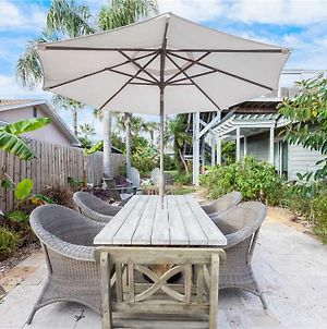 Morning Breeze 2 Bedrooms Extra Sleeping Area Fire Pit Fenced In Yard Short Walk To The Beach Wifi Sleeps 5 photos Exterior