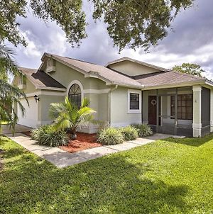 Lakefront Brandon Home With Patio And Screened Lanai! photos Exterior