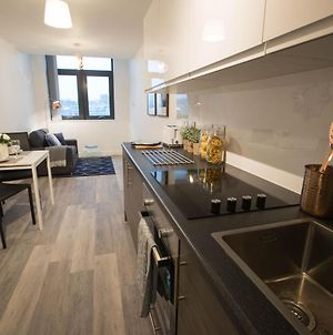 Attractive Apartment In Liverpool Near Football Club photos Exterior