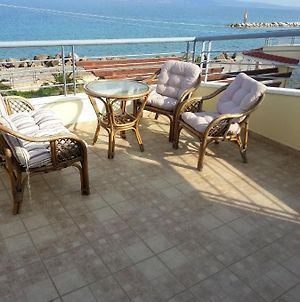 House With 3 Bedrooms In Kiato With Wonderful Sea View And Furnished Balcony 100 M From The Beach photos Exterior