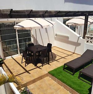 Apartment With One Bedroom In Corralejo With Shared Pool And Furnished Terrace photos Exterior