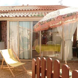 House With 2 Bedrooms In Gruissan With Shared Pool And Enclosed Garden 400 Km From The Beach photos Exterior