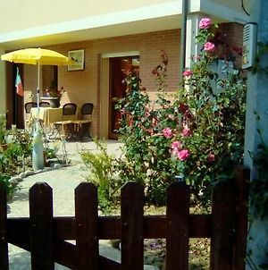 Apartment With One Bedroom In Cesenatico With Enclosed Garden And Wifi 1 Km From The Beach photos Exterior